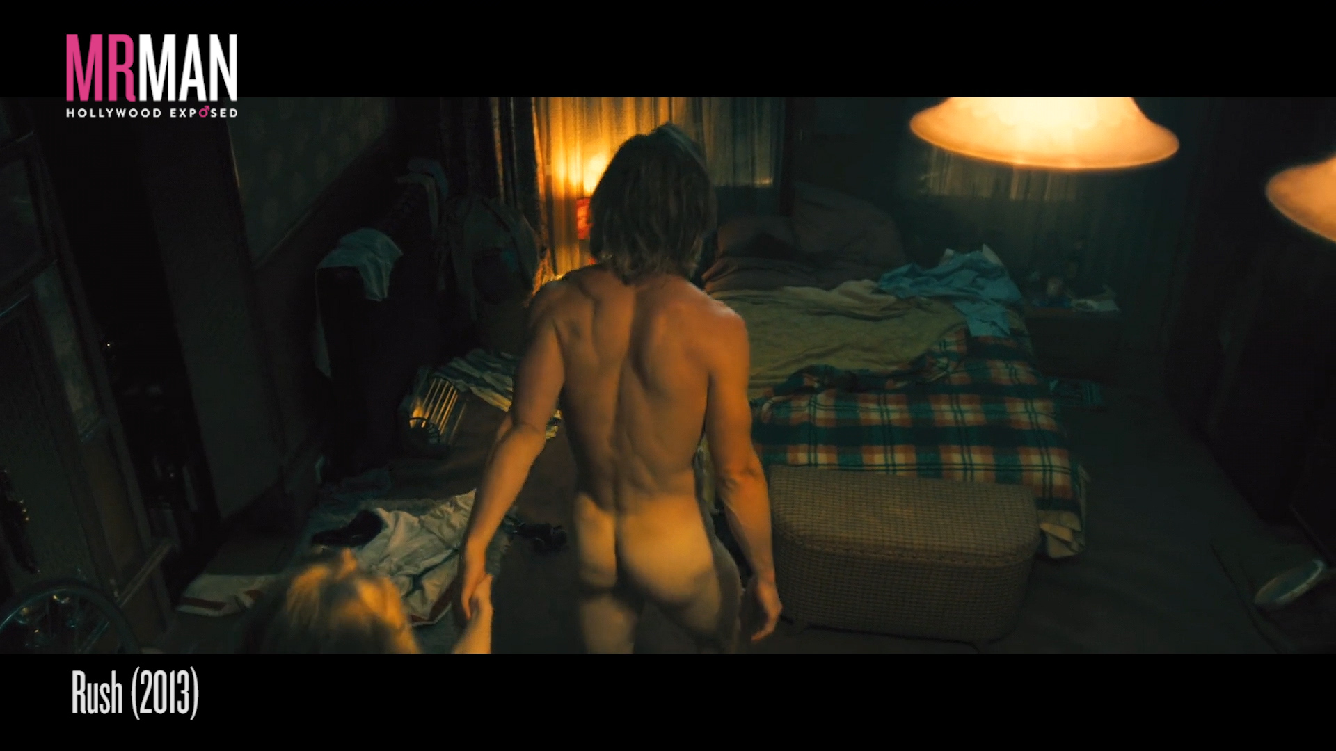 Naked Chris Hemsworth Will Turn You Into a Ghost-thruster!
