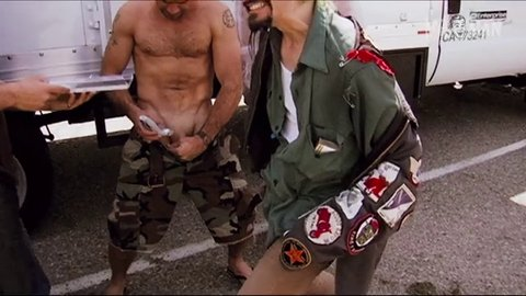 johnny knoxville butt naked