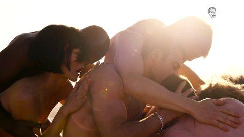 Miguel Ángel Silvestre, Max Riemelt, Brian J. Smith, Alfonso Herrera, Toby Onwumere in Sense8 (2015)