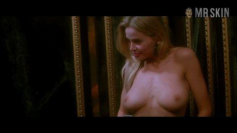 sexy naked women suckin dick