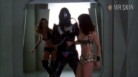 Starcrash munro 03 large 3