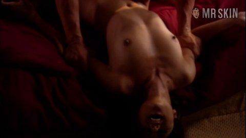 Erotictravelerthe 1x01 lei hd 01 large 3