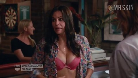 Cougartown 6x3 cox hd 01 large 3