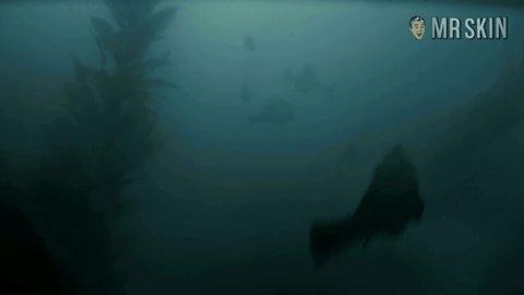 Pirannhadd panabaker hd 01 large 3