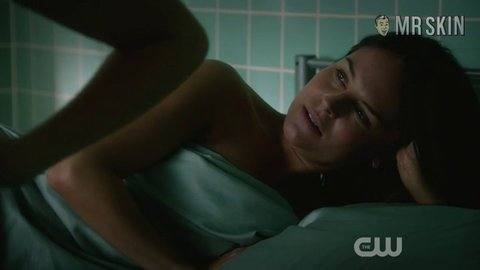 Janethevirgin 01x10 regan hd 01 large 3