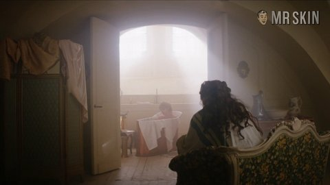 Warandpeace1x01 james hd 01 large 3