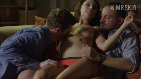 Submission1x02 barber hd 03 large 2