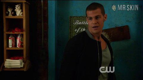 Starcrossed 01x05 hall hd 01 large 3